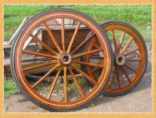 WHEELS FOR HORSE CARRIAGES