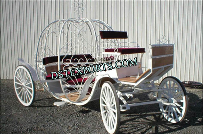 Decorated Cinderella Horse Carriages