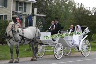 English White Wedding Horse Carriages