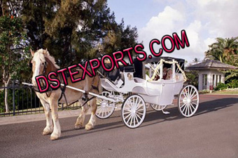 Christmas Victoria Horse Carriage
