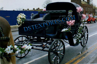 New Black Victoria Horse Carriages Manufacturer