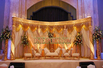 Latest Asian Wedding Golden Crystal Stage Set