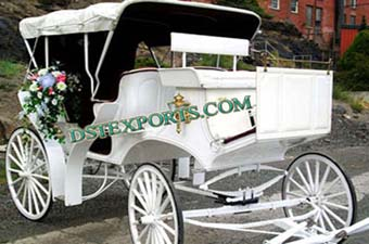 Elegent Victoria Horse Drawn Carriage