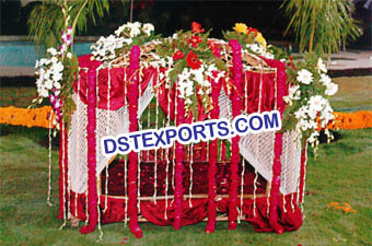 Indian Traditional Wedding Dulhan Doli