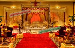 GUJRATI WEDDING GOLDEN MANDAP
