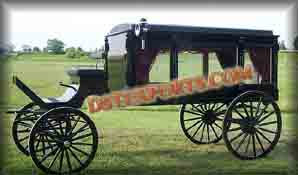ROYAL FUNERAL HORSE CARRIAGE