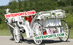NEWLY WEDDING HORSE CARRIAGE