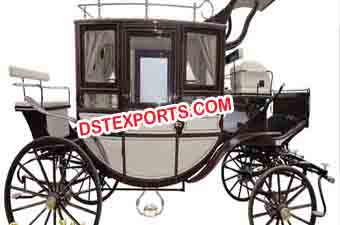 European Wedding Covered Horse Carriage