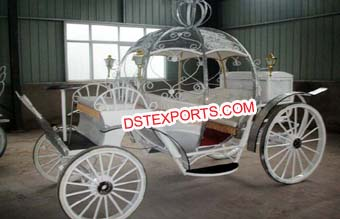 New Look Mini Cinderella Horse Carriage