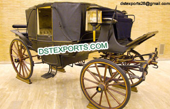 Royal Horse Drawn Covered Buggy Carriage