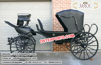 Lincolon Black Horse Drawn Carriage